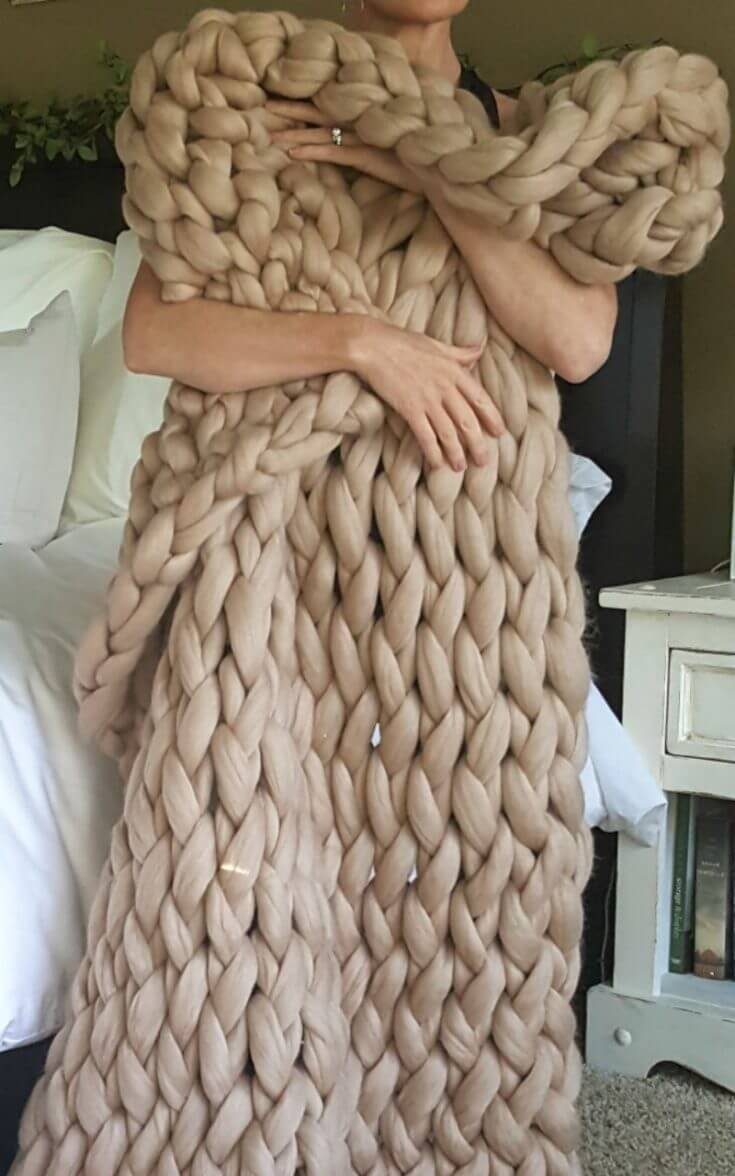 Turn a Product Review into a Sponsored Post - Chunky Knit Throw Case Study - Wearable Blanket